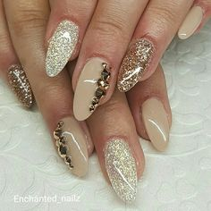 #halloweennails #gelnails #fallnails #nails #gelpolish #nailpolish #frankensteinnails #frankenstein #gelpolish #greennails #glowinthedark #coffinnails #mattenails #glitternails #freshnails #granitenails #chromenails #marblenails #marble #granite #blingnails #nailbling #christmasnails