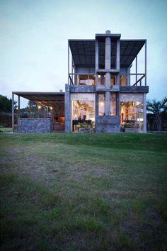 house in Uruguay by Martín Gómez Arquitectos