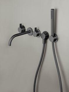 Topdesigner Piet Boon en Nederlands merk van design badkamerproducten COCOON hebben de handen ineengeslagen. Boon is gevraagd een collectie (industriële) kranen en wastafels voor de badkamer en de …