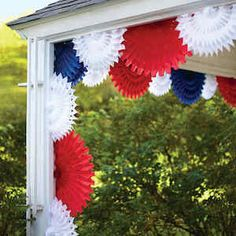 30 Dollar Store DIY July Home decor ideas that are amazingly & affordable Hike n Dip, . : 30 Dollar Store DIY July Home decor ideas that are amazingly & affordable Hike n Dip, affordable Amazingly decor Dip diy diyhomedecordollarstore d Fourth Of July Decor, 4th Of July Fireworks, 4th Of July Decorations, 4th Of July Party, Paper Decorations, July 4th, 4th Of July Wreath, Patriotic Party, Patriotic Wreath