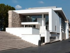 The 8 Newest Buildings of Rome- Ara Pacis Museum by Richard Meier (2005) Exterior