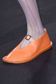 Acne Studios at Paris Fashion Week Fall 2016 - Details Runway Photos Ugly Shoes, Sock Shoes, New Shoes, Shoes Men, Acne Studios, Quirky Shoes, Fluffy Shoes, Plastic Shoes, Couture Shoes