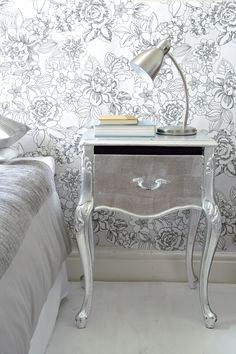 Stunning Art Deco Bedside Table Designs For Bedroom Furniture Furniture, Vintage Girls Rooms, Silver Decor, Interior, Painted Furniture, Home Furniture, Table, Furniture Making, Bedside Table