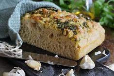 Eltefri focaccia med persille og hvitløk - ENEstående Mat Banana Bread, Baking, Desserts, Food, Tailgate Desserts, Deserts, Bakken, Essen, Postres