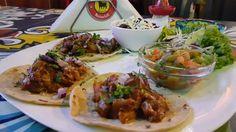 Daniele: La El Torito savurati mancare mexicana  http://daniela-florentina.blogspot.ro/2015/03/la-el-torito-savurati-mancare-mexicana.html