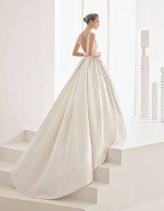 www.sposalicious.com wp-content uploads 2016 05 abiti-da-sposa-2017-rosa-clar%C3%A0.jpg