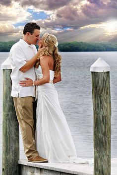 I want to get married next to water. it could be a lake or the ocean i dont care. this is beautiful