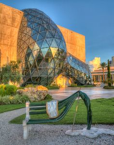13 Underrated Places In Florida To Take An Out-Of-Towner, like The Dali Museum, St. Petersburg