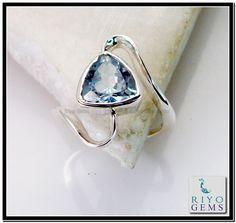 Blue Topaz Sterling Silver Ring Gemstone Ring by www.riyogems.com Riyo Gems