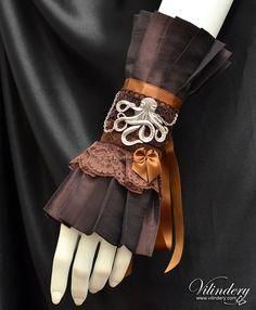 Steampunk Victorian Cuff Bracelet with octopus, Kraken jewelry, Elegant Wedding jewelry, Vintage Fashion, Pirate Style