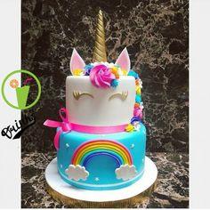 Awesome Birthday Party Ideas for Girls – Unicorn Cake Unicorne Cake, Cupcake Cakes, Bolo Laura, Cupcake Frosting Recipes, Cake Recipes, Unicorn Themed Birthday, 5th Birthday, Birthday Ideas, Savoury Cake