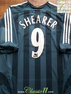 Relive Alan Shearer's 2005/2006 Premier League season with this vintage Adidas Newcastle United away football shirt.