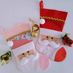 Crochet Christmas Decorations, Homemade Christmas Decorations, Felt Christmas Ornaments, Christmas Crafts For Kids, Christmas Diy, Christmas Stocking Pattern, Christmas Accessories, Xmas Stockings, Christmas Embroidery
