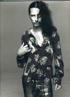 Alice Cooper by Richard Avedon. 1968.