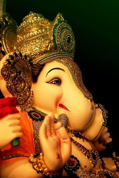 Make this Ganesha Chathurthi 2020 special with rituals and ceremonies. Lord Ganesha is a powerful god that removes Hurdles, grants Wealth, Knowledge & Wisdom. Shri Ganesh Images, Ganesh Chaturthi Images, Ganesha Pictures, Happy Ganesh Chaturthi, Ganesh Pic, Sri Ganesh, Ganesh Lord, Lord Ganesha Paintings, Ganesha Drawing