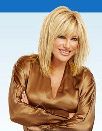 She made headlines recently with her insatiable bedroom habits, but there& so much more to love. If Suzanne Somers isn& your hero already, she& about to be. Hairstyles Over 50, Short Bob Hairstyles, Hairstyles Haircuts, Suzanne Somers, Medium Hair Styles, Short Hair Styles, Haircuts With Bangs, Layered Hair, Hair Today