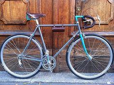 Brescia - Novecentocicli, realizza biciclette personalizzate artigianalmente. Componenti vintage e realizzazioni ''sartoriali''.