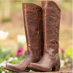 Brown boots, The o'jays and Yellow on Pinterest
