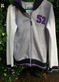 Kup mój przedmiot na #vintedpl http://www.vinted.pl/odziez-dziecieca/dziewczynki-swetry-i-bluzy/13752796-szara-baseballowka-dziecieca-158164