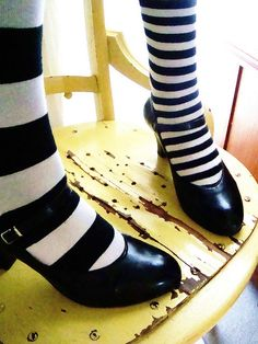 all bnw stripes tights legs shoes heels | spring fall autumn style