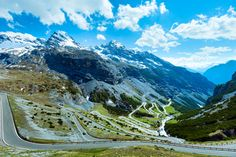 Stelvio Pass — Eastern Alps, Italy   16 Spectacular Roads You Need To Drive On Before You Die