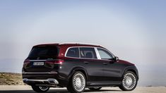Mercedes-Maybach turned the second-generation GLS into its first series-produced SUV. Rolls Royce Cullinan, Hugo Boss Suit, Two Tone Paint, Mercedes Maybach, Most Expensive Car, Luxury Suv, Automatic Transmission, Emperor, Arch
