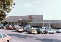 Fashion Square mall; 1982