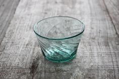 日々の暮らし : 倉敷ガラス 小谷栄次 : 小鉢 薄青