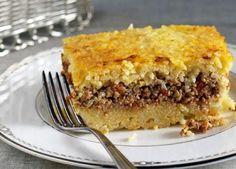 Σμυρναίικο ρύζι στο φούρνο, «γεμιστό» με κιμά: Μια Συνταγή πρωτότυπη, πεντανόστιμη, και ιδανική τόσο για ένα γιορτινό όσο και για το καθημερινό τραπέζι. Greek Cooking, Greek Recipes, Lunches And Dinners, Apple Pie, Lasagna, I Am Awesome, Dinner Recipes, Cooking Recipes, Beef