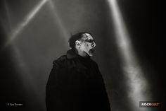 Мэрилин Мэнсон отменил девять концертов из-за травмы - http://rockcult.ru/news/manson-cancelled-shows-after-trauma/