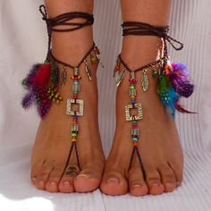 Brass and Brown ETNHIC BAREFOOT SANDALS feathers by PanoParaTanto