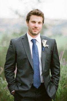 O noivo colorido - gravata em azul #casarcomgosto
