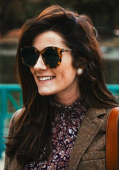 960df26fd0a0 Homepage - Classy Girls Wear Pearls. Karen Walker SunglassesTrendy Clothes  ...