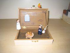Annunciation Box- using peg painted dolls!