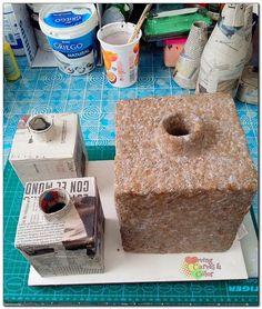 Con papel podrás hacer un material tan resistente perfecto para hacer jarrones como estos.