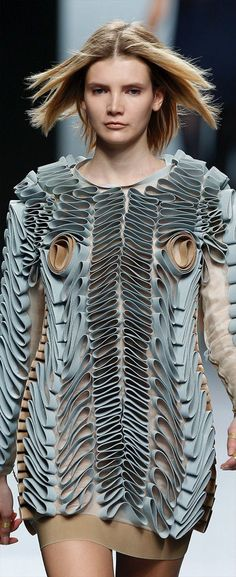 Wearable Art - quirky two tone dress with curled & swirled textures - fabric manipulation; sculptural fashion // Martin Lamothe ♦F&I♦ Paper Fashion, 3d Fashion, Weird Fashion, Fashion Mode, Fashion Details, High Fashion, Fashion Design, Moda 3d, Textile Manipulation