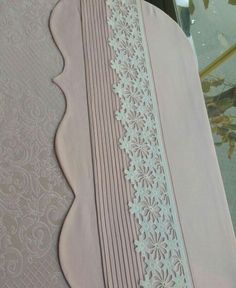 Crochet Borders, Crochet Lace, Linen Bedding, Bedding Sets, Muslim Prayer Mat, Heirloom Sewing, Bed Covers, Bed Spreads, Sewing Crafts