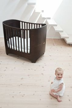 1st: Cute crib which adjust to growing baby. 2nd: LOVE the floating steps!!