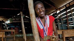 Phiona Mutesi wearing the medal she won in a chess tournament Chess, Uganda, Champion, Female, How To Wear, Teen, Fashion, Amor, Life