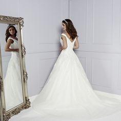Back of Corina Wedding Dress - Amanda Wyatt Blue Iris 2015 Bridal Collection