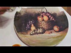 Декорируем поднос в технике декупаж и инкрустируем его веткой винограда. - YouTube