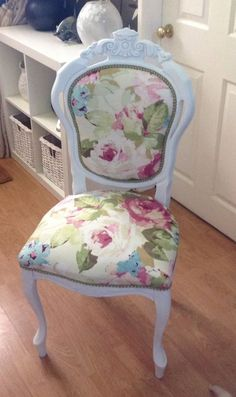 Louis, Shabby Chic, Newly Upholstered Vintage Chair
