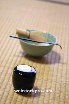 Japanese tea accoutrements Tea Box, Coffee Art, Tea Cups, Asian, Japanese, Tableware, Accessories, Food, Dinnerware