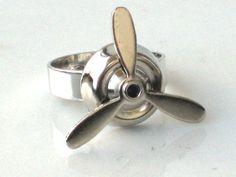 Airplane SILVER PROPELLER RING - Rotating Blades - Aviator - Antique Silver - Steampunk - Geekery - By GlazedBlackCherry