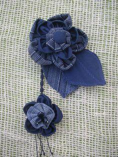 blue jeans flowers