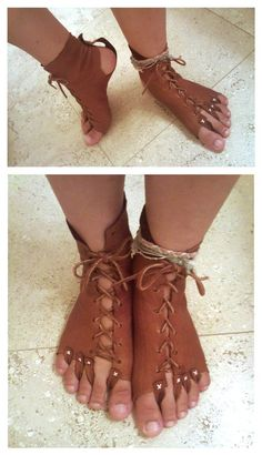 leather foot guards (interesting) To protect the soles of the feet, but allow the toes out to climb