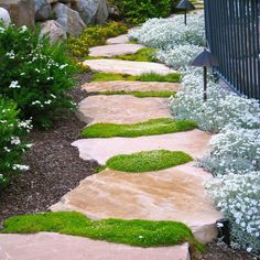 Stunning DIY Garden Path and Walkways Ideas You Need To Know Magical Side Yard And Backyard Gravel Garden Design Ideas Gravel Garden, Garden Paths, Small Garden Arbour, Big Garden, Garden Art, Path Ideas, Walkway Ideas, Path Design, Design Ideas