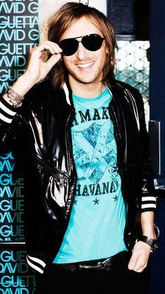 David Guetta, Damian Marley, Mandy Moore, Shakira, Music Albums, Music Is Life, Dj, Boys, Sexy