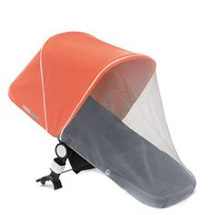 La mosquitera para Bugaboo es muy útil para alejar los bichos de tu hijo a la vez que permite un óptimo flujo del aire. Compatible con los modelos Donkey, Buffalo y Camaleon.