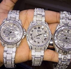 Pictures Of Luxury Sale! Shop at Stylizio for women's and men. - Michelle LeGore - - Pictures Of Luxury Sale! Shop at Stylizio for women's and men. Bling Bling, Luxury Sale, Luxury Hotels, Luxury Sunglasses, Luxury Watches For Men, Pandora Jewelry, Luxury Jewelry, Cool Watches, Men's Watches